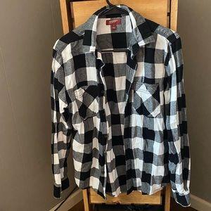 Men's flannel button down